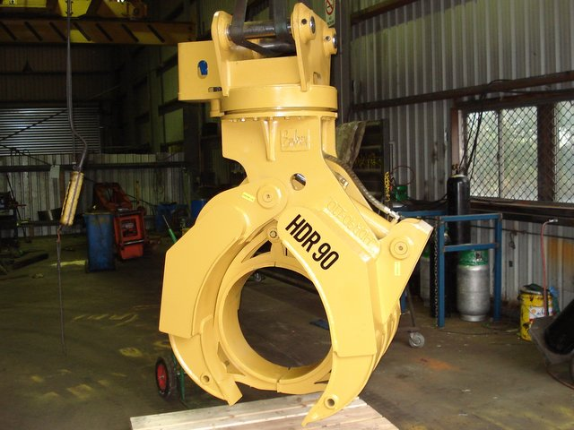Rotary Grapple with Drum Clamp Insert